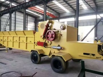 China wood chipping machine/wood chipper shredder for sale, China made diesel mobile chipper distributor